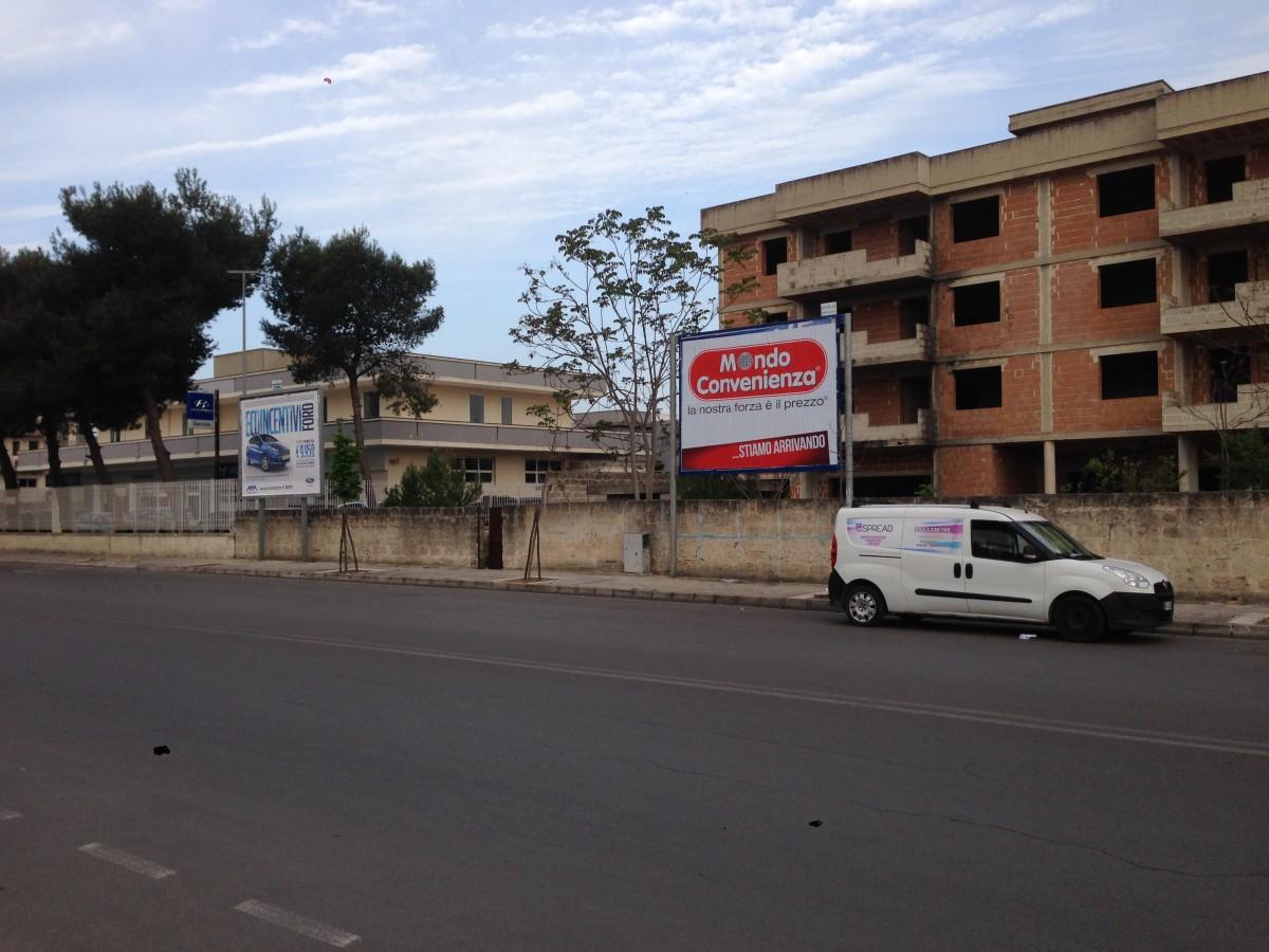 Affissioni Lecce